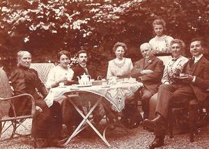 Famille GERVOIS en 1912 à Montgeron