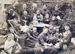 Famille VEUILLE - vers 1890