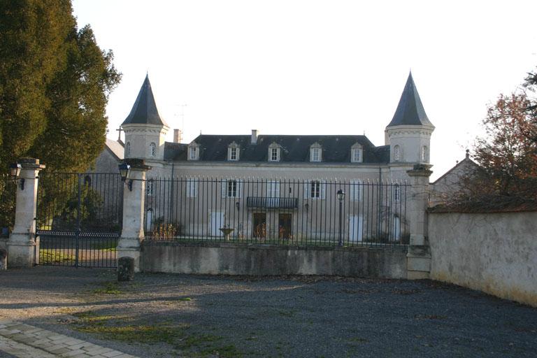 Château des Ajoncs à Saint-Hilaire-sur-Benaize